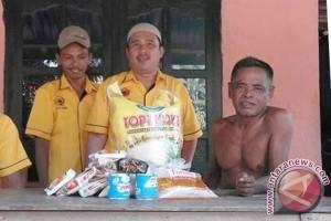 DPAC MKGR bagikan sembako kepada masyarakat miskin