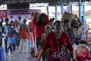 IPC berangkatkan ribuan pemudik ke Jawa-Sumatera
