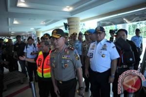 Kapolda tinjau arus mudik Bandara Palembang