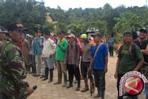 Ratusan warga Samarinda buru pembunuh 34 kambing