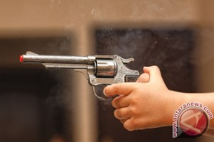 Polrestabes Medan tembak perampok Polwan