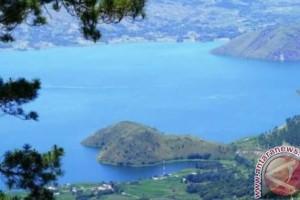 Catatan dari forum diskusi pengembangan pariwisata Danau Toba