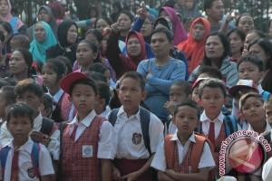 Hari Pertama Masuk Sekolah Di Palembang