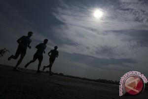 Latihan Peserta Asian Triathlon