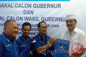 Mantan pengawal SBY mendaftar Cagub Jatim