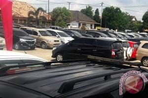 Dishub hentikan uji coba parkir online