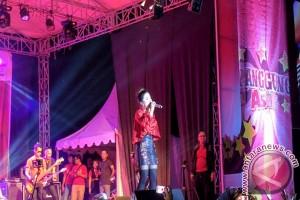 Telkomsel gelar panggung asik 2017 di OKU