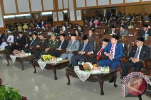 DPRD bersama Gubernur Sumsel dengarkan pidato Presiden
