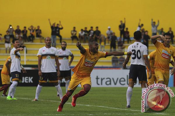 Sriwijaya FC  kalahkan Persela 2-0