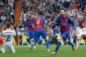 Messi dan Suarez pimpin pesta gol Barca