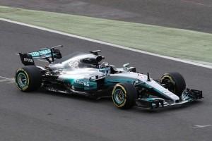 Mercedes pertahankan Bottas di F1 satu musim 2018