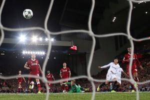 Debut Van Dijk bawa Liverpool raih kemenangan
