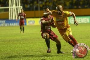 Sriwijaya FC lawan PSM 1-0 babak I