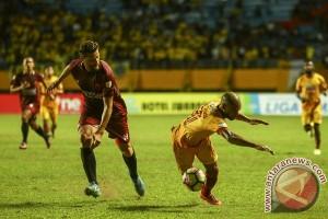 PSM Makassar kalahkan Sriwijaya FC 4-3