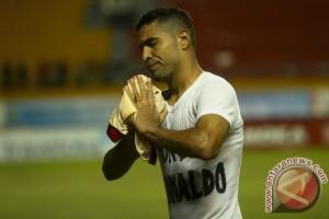 Lini belakang Sriwijaya FC gagal fokus