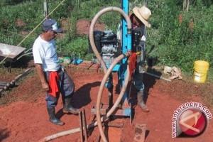 Pembangunan sumur bor atasi kesulitan air bersih