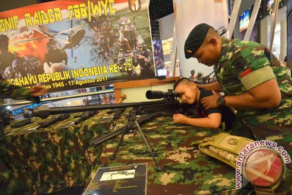 Kodam Sriwijaya pamerkan alutsista di Palembang