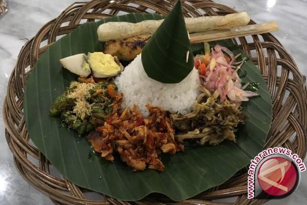 Nasi yang terus dipanaskan dalam rice cooker picu diabetes?