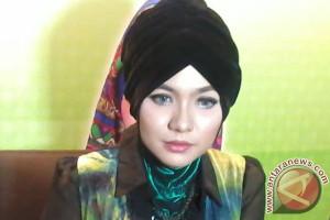 Penyanyi Vicky Shu penuhi panggilan pemeriksaan Bareskrim