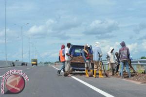 Dinas PUPR anggarkan perbaikan jalan senilai Rp3,5 miliar
