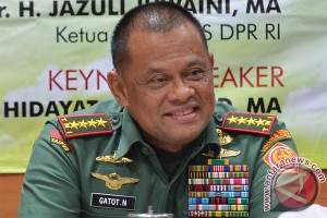 Presiden diminta siapkan pengganti Panglima TNI