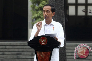 Curhat Presiden Jokowi  tentang kesibukannya usai mantu