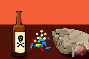Pemberi minuman keras ke satwa menyesal