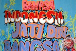 Masyarakat jangan rendah diri gunakan bahasa Indonesia