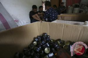 Bea cukai amankan minuman keras ilegal
