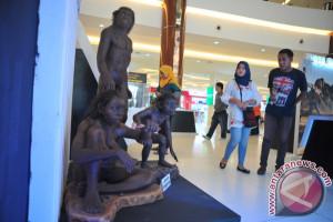 Pameran situs Sangiran di mal Palembang
