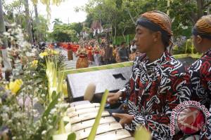 Dunia pariwisata tak akan berkembang tanpa ikatan budaya