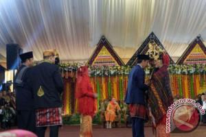 Tjahyo Kumolo: Pernikahan Kahiyang-Bobby perkuat hubungan adat