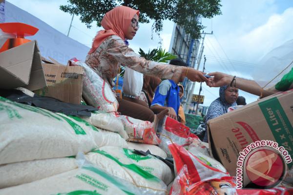 Bulog Gelar Operasi Pasar Sembako