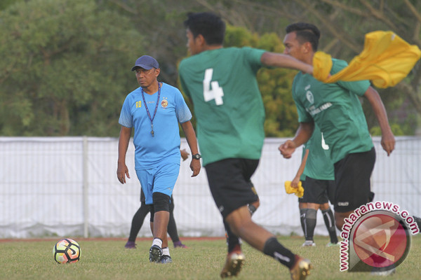 Rahmad Darmawan Latih Sriwijaya FC