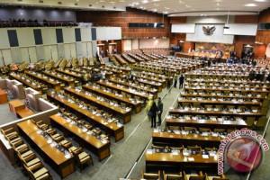 Menurut peneliti Parpol tak berdaya atur kader Parlemen
