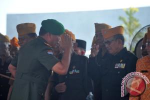 Pangdam II Sriwjaya berikan hormat kepada Veteran