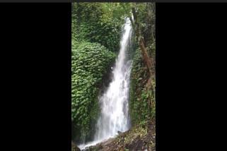 Air terjun pemandian punai menarik perhatian pengunjung