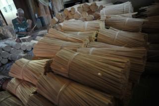 Produk Perajin Pucuk Daun Nipah tembus Pasar Asia