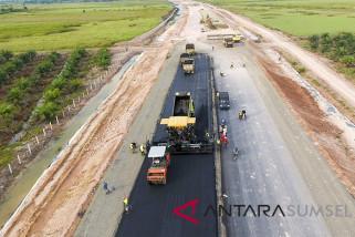 Pemerintah akan lelang enam proyek tol 327 km