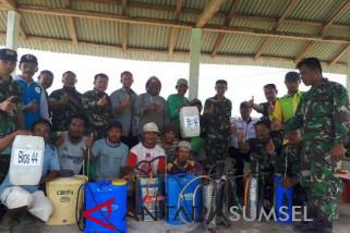 TNI tebar bios 44 di lahan petani