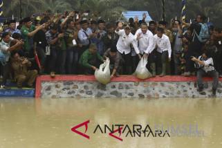 Menteri PDT resmikan embung air di Musi Rawas