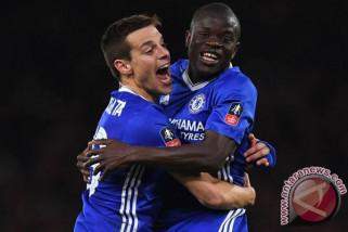 N'Golo Kante nyaman di Chelsea
