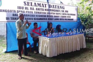 Warga Palembang minta perbaikan jalan
