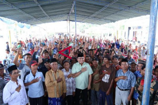 Dodi-Giri  berjanji selesaikan pembangunan jalan