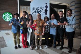 Palembang fashion week usung tema