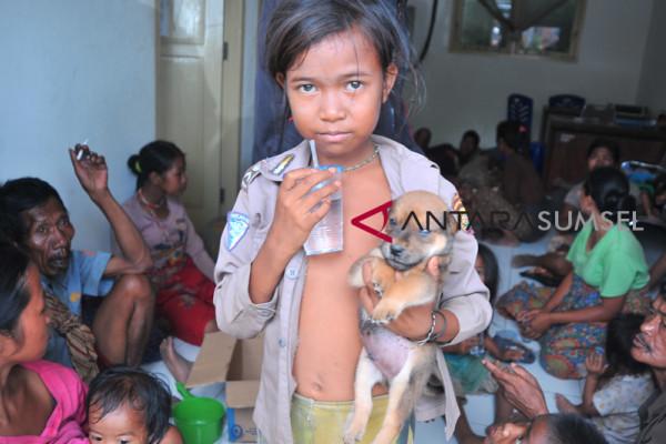Dinas Sosial Rawat Suku Anak Dalam