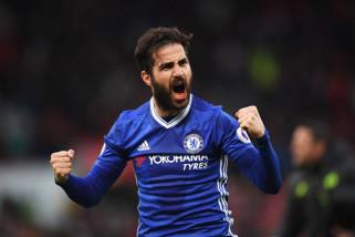 Cesc Fabregas berharap Hazard bertahan