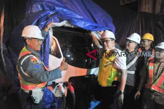 Dirjen Perkeretaapian tinjau gerbong LRT Palembang