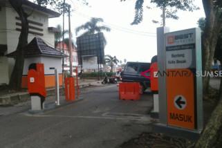 BKB akan diterapkan parkir berbayar palang pintu otomatis