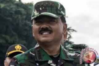 Panglima TNI Hadi Tjahjanto pimpin sertijab Ksal